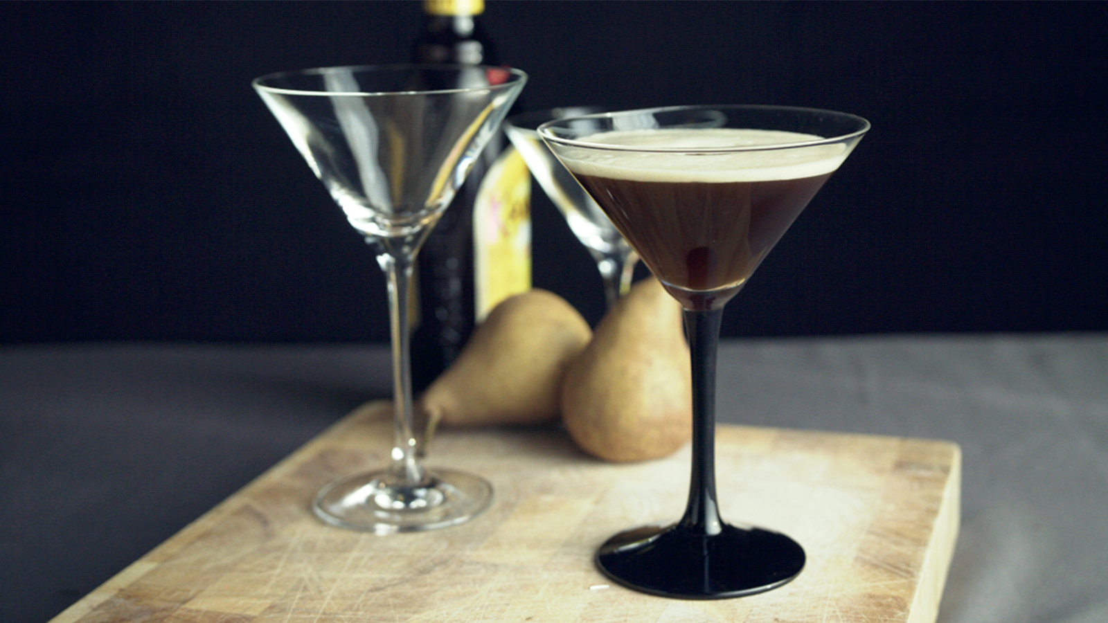 How To Make Perfect Espresso Martinis The Neff Kitchen