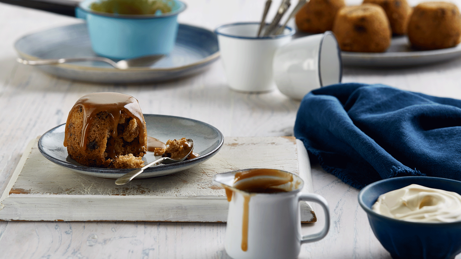 Traditional Sticky Date Puddings With Caramel Sauce The