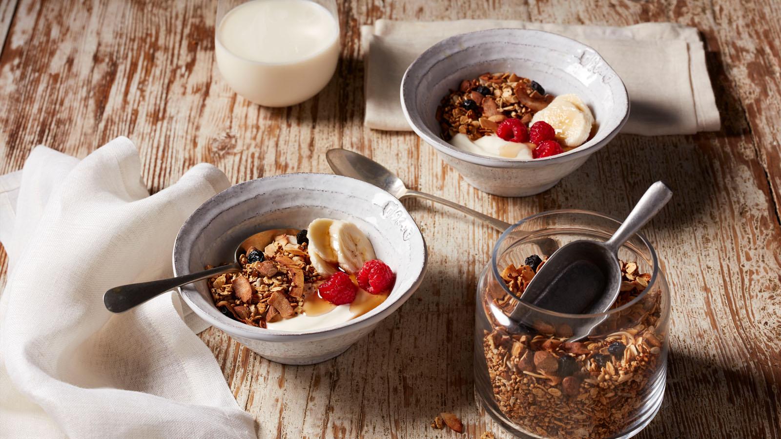 Quinoa and wattleseed granola