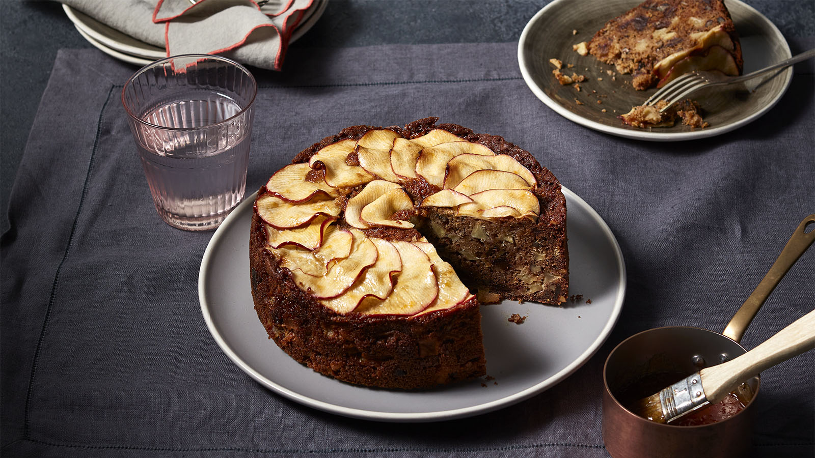apple date cake